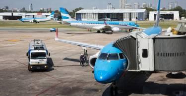 avion-aerolineas-en-aeroparque