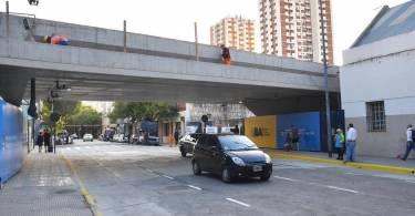 tren-mitre-viaducto-cruce-monroe-auto