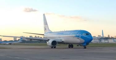 avion-aerolineas-aeroparque-despegando