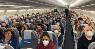 avion-aerolineas-vuelos-especiales-coronavirus