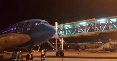 avion-aerolineas-manga-noche