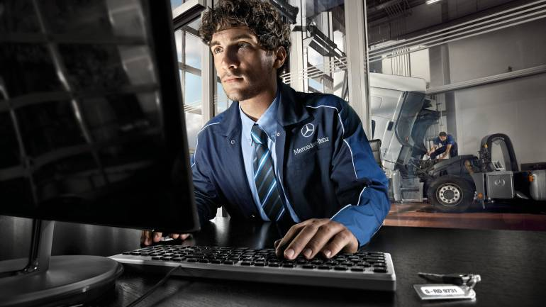 Mercedes-Benz-Camiones-y-Buses-inició-su-ciclo-de-capacitaciones-a-clientes -Foto-1